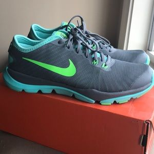 Women's Nike Trainers. Great condition!